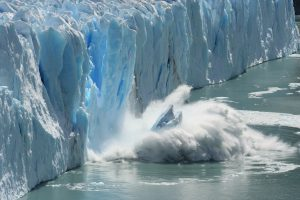 Melting glaciers are a clear sign of climat change and global warming.